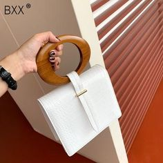 Aesthetic Bags, Sacs Design, Luxury Bags, Luxury Purses, Luxury Handbags, Small Shoulder Bag, Wooden Handles, Wooden Handle Bag, Aliexpress