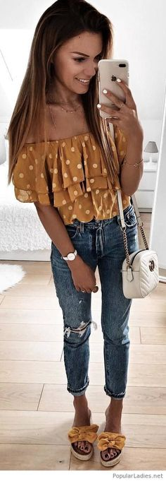 Nice yellow top and shoes with jeans