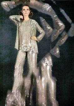 Yves Saint Laurent L'officiel magazine 1970