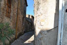 Saint-Guilhem-le-Désert dans le Languedoc-Roussillon
