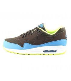 release date 11cbc c7823 Increíbles colores y materiales para una Nike Air Max 1 Essential que no  pasa desapercibida. La Nobi · Zapatillas hombre