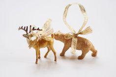 DIY plastic animal decorations