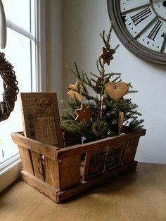 country Christmas#rustic #christmas #xmas #decorating #vintage