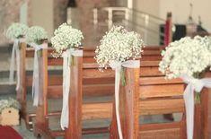 Mini Wedding, mini casamento, casamento branco rosa e azul marinho, pink white navy blue wedding, casamento romantico, romantic wedding decor, gipsofila, casamento na igreja, decor de igreja simples, decor de igreja branca, white church decor.