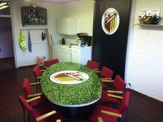 Tafel met sticker in eigen ontwerp - Kompas Reclamewerk #table #custom #design Poker Table, Furniture, Design, Home Decor, Decoration Home, Room Decor, Home Furnishings, Home Interior Design