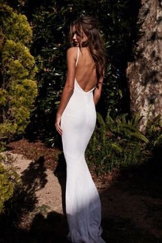 A&N Cynthia Gown - Sparkling White Gown with V-Neck and Low Back dresses silk low back What's New and Exclusive at A&N Boutique Wedding Dress Low Back, Dream Wedding Dresses, Bridal Dresses, Wedding Dress Backless, Fitted Wedding Dresses, Simple Sexy Wedding Dresses, Backless Gown, Low Back Dresses, Wedding Dress Sheath
