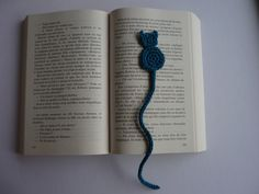 Marque page original - Chat vert canard crocheté en coton : Marque-pages par les-fees-papillons