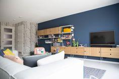 Scandinavian Interior Design, Room Interior Design, Living Room Interior, Interior Design Inspiration, Home Living Room, Room Wall Colors, Living Room Colors, Living Room Designs, Navy Living Rooms