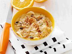 Tuorepuuro aloittaa aamun helposti ja lempeästi. Appelsiinituorepuuro saa makeutta banaanista ja makua kanelista. Breakfast Snacks, Breakfast Recipes, Snack Recipes, Cooking Recipes, Healthy Recipes, Breakfast Ideas, Healthy Meals, Healthy Food, Cook At Home