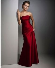 bridesmaid dress thinking red and black for wedding inspiration