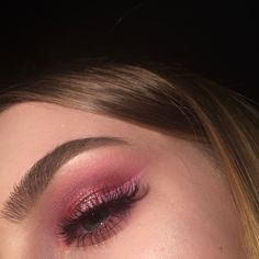 #pinkmakeup #eyemakeup #makeup #eyebrows