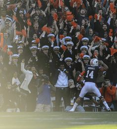 Auburn quarterback Nick Marshall (14) salutes the crowd after his #IronBowl touchdown