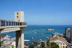 Elevador Lacerda, Salvador, Bahia, Brasil. Elevador que liga a Cidade Alta à Cidade Baixa http://www.skyscrapercity.com