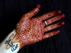 moroccan henna palm by Nic
