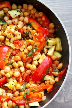 15 Minute Mediterranean Chickpea Skillet - Beauty Bites Vegan Chickpea Recipes, Vegetarian Recipes, Cooking Recipes, Healthy Recipes, Healthy Meals, Easy Mediterranean Diet Recipes, Mediterranean Dishes, Chickpea Stew, Diet Dinner Recipes