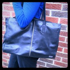 Perlina New York Laptop Bag/Briefcase This has been lovingly used, adding character to the genuine leather. However, it's still in great condition. Perlina Bags Laptop Bags