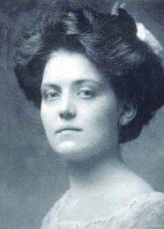فيوليت جيسوب نجت من حوادث غرق 3 سفن كبيرة في القرن ال19 ..منهم سفينة تايتانيك