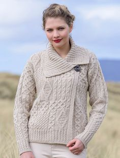 2b908bc42f Carraig Donn Ladies Soft Wool Plaited Trellis Irish Cardigan ...