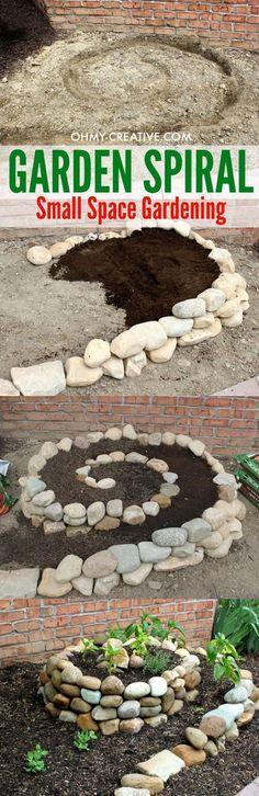 Create A Small Vegetable Garden Using A Garden Spiral