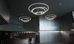 Lampada a sospensione a LED a luce diretta TOCCATA by Sattler