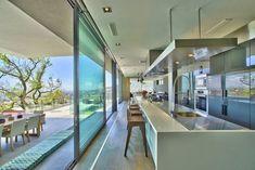 Villa Saebin / Greg Wright Architects, Ciudad del Cabo, Sudáfrica. http://www.arquitexs.com/2014/08/villa-de-lujo-greg-wright-architects.html