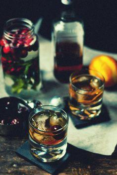 Una idea para empezar un miércoles…Classic Old Fashioned. #justspeakeasy
