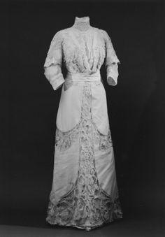 Dress  NAME  Owner :Irma (Ingeborg Matilda) von Geijer, born von Hallwyl  Donors :Signe von der Esch  DATING  1910's