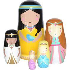 Poupées Gigognes Princesses PSikhouvanjou  Découvrez ces magnifiques poupées gigognes et collectionnez les!