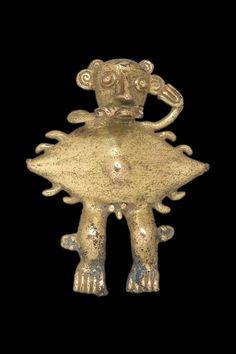 Shaman-crab effigy bell pendant AD 700-1550 CHIRIQUI