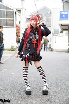 Morinoringo w/ Twintails, Sex Pot Revenge, MAD, h.NAOTO & Yosuke USA in Harjauku (Tokyo Fashion, omg I'm so in love with that look Japanese Street Fashion, Tokyo Fashion, Harajuku Fashion, Kawaii Fashion, Punk Fashion, New Fashion, Girl Fashion, Fashion Outfits, Fashion 2015