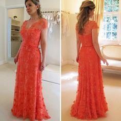 .@wanda_borges | Vestido de renda rebordada coral para mãe de noiva. | Webstagram - the best Instagram viewer