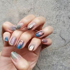 Semi-permanent varnish, false nails, patches: which manicure to choose? - My Nails Nails Opi, Manicure And Pedicure, My Nails, Cute Nails, Pretty Nails, American Manicure Nails, Manicure Quotes, Heart Nail Art, Nagellack Trends