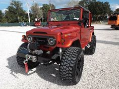 Old Land Cruiser Toyota Fj40, Toyota Fj Cruiser, Toyota Trucks, 4x4 Trucks, Cool Trucks, Jeep 4x4, Jeep Truck, Best Off Road Vehicles, Offroader