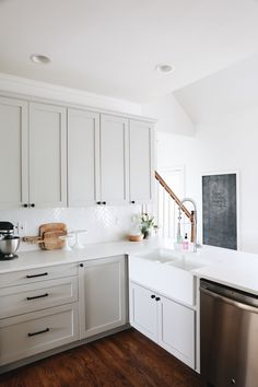 Ikea Kitchen Renovation // Grey Cabinets, Herringbone Backsplash & Quartz Countertops – Home Renovation Ikea Kitchen Cabinets, Kitchen Cabinet Design, Kitchen Decor, Light Grey Cabinets Kitchen, Dark Cabinets, Kitchen Backsplash, Kitchen Hardware, Kitchen Interior, Ikea Kitchen Design