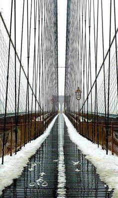 Puente de Brooklyn en invierno. NYC