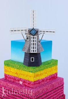 From Kidacity - Tulips & Windmill cake details