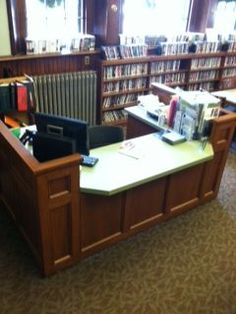 Tucker Library Interiors :: Service Desks