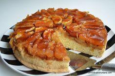 Prăjitură fără coacere cu mere, biscuiți și budincă de vanilie   Savori Urbane Eat Dessert First, Dessert Recipes, Desserts, Cake Cookies, Caramel, Camembert Cheese, Bakery, Cheesecake, Goodies