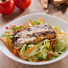 """Salada fresquinha e saborosa no restaurante PITANGA """"Sabor e Equilíbrio"""" ☆ Rua 70, N°401, Jardim Goiás ☆ (62) 3087-0309 - curta mais : www.zzgoiania.com"""