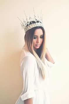 DIY Cosplay Inspiration: Crystal Snow Queen Crown by Cheryl...