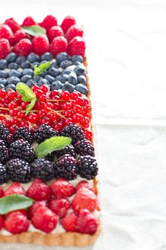 Summer berries tart by huda.aziz, via Flickr
