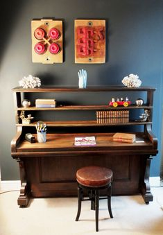 28 New Ideas repurposed furniture diy desk old pianos Refurbished Furniture, Repurposed Furniture, Furniture Makeover, Painted Furniture, Furniture Projects, Diy Furniture, Antique Furniture, Western Furniture, Furniture Online