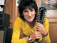 Listen to Lucky Man, from Rolling Stones guitarist Ronnie Wood's new solo album, featuring Eddie Vedder of Pearl Jam singing backup. Corinne Bailey Rae, The Rolling Stones, Keith Richards, Ronnie Wood Art, David Wood, Ron Woods, Stone World, Guitar Photography, Music Pics