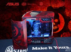 Zenator and his passion for Gears of War is reflected on how he customized this Master Case Maker Diy Pc, Gaming Pcs, Custom Pc, Cooler Master, Gears Of War, Daily Pictures, Picture Tag, Brad Pitt, The Dreamers