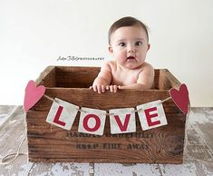 Great for those little ones who aren't quite stable sitters yet…must find … – baby fotos ideen & babykleidung Valentine Mini Session, Valentine Picture, Valentines Day Baby, Valentines Day Pictures, Photography Mini Sessions, Holiday Photography, Children Photography, Newborn Photography, Newborn Bebe