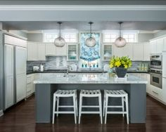 Charcoal Gray Kitchen Island Gray Kitchen. Modern Gray Kitchen Design. #GrayKitchen #GrayKitchenIdeas #GrayKitchenPaintColor   Designed by Martha O'Hara Interiors.