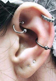 Tiny Star Earrings/ Diamond Star Earrings in Solid Gold/ Tiny Diamond Earrings/ Tiny Stud Earrings/ Tiny Diamond Studs/ Valentines Day - Fine Jewelry Ideas Tiny Stud Earrings, Rose Gold Earrings, Star Earrings, Different Ear Piercings, Cute Ear Piercings, Piercing Tattoo, Body Piercing, Piercings Corps, Ear Jewelry
