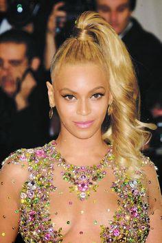 MetGala 2015 e o vestido da Beyoncé. Confira! | Boomix™