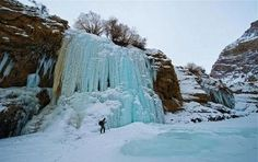 Walk On The Frozen Zanskar River