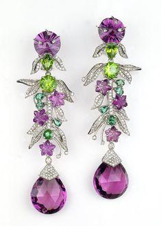 Pedras brasileiras brilham em joias de alto luxo